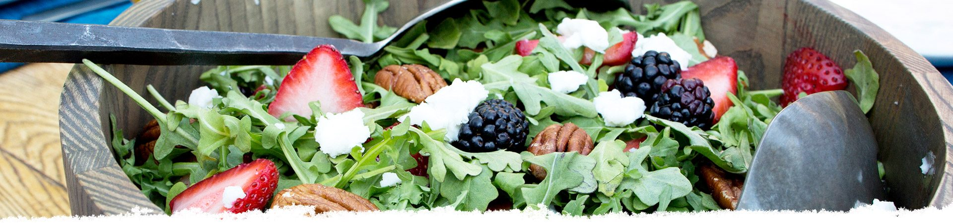 Arugula Salad with Goat Cheese, Berries, and Pecans
