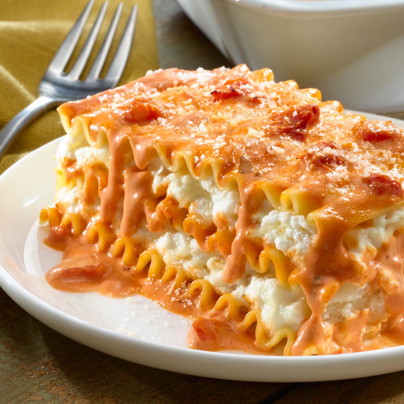 red and white rosa lasagna recipe bertolli