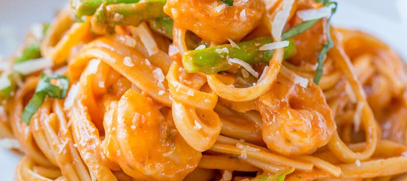 Rosa Shrimp & Asparagus with Spaghetti